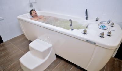 Лечебные свойства гидромассажных ванн
