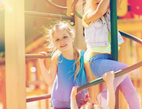 Детская площадка: подвижные игры на природе
